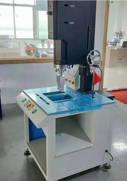锌合金压铸件去水口机